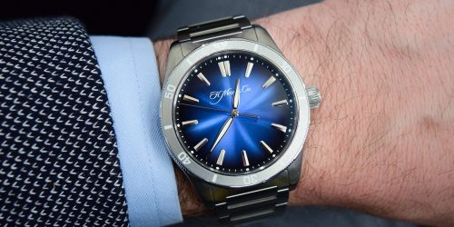 Hands-On: H. Moser & Cie Pioneer Center Seconds Rotating Bezel